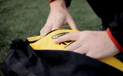 SKLZ training sandbag zip