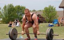 deadlift with a gym belt