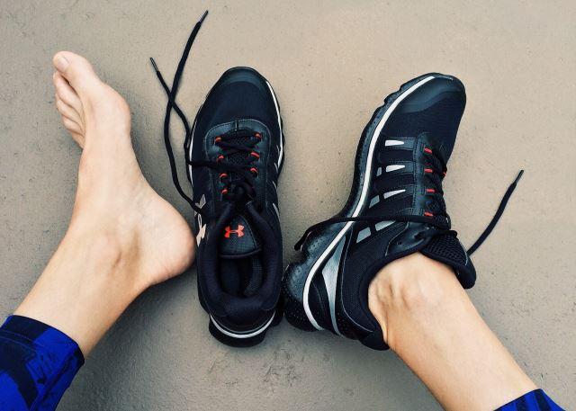 weightlifting feet